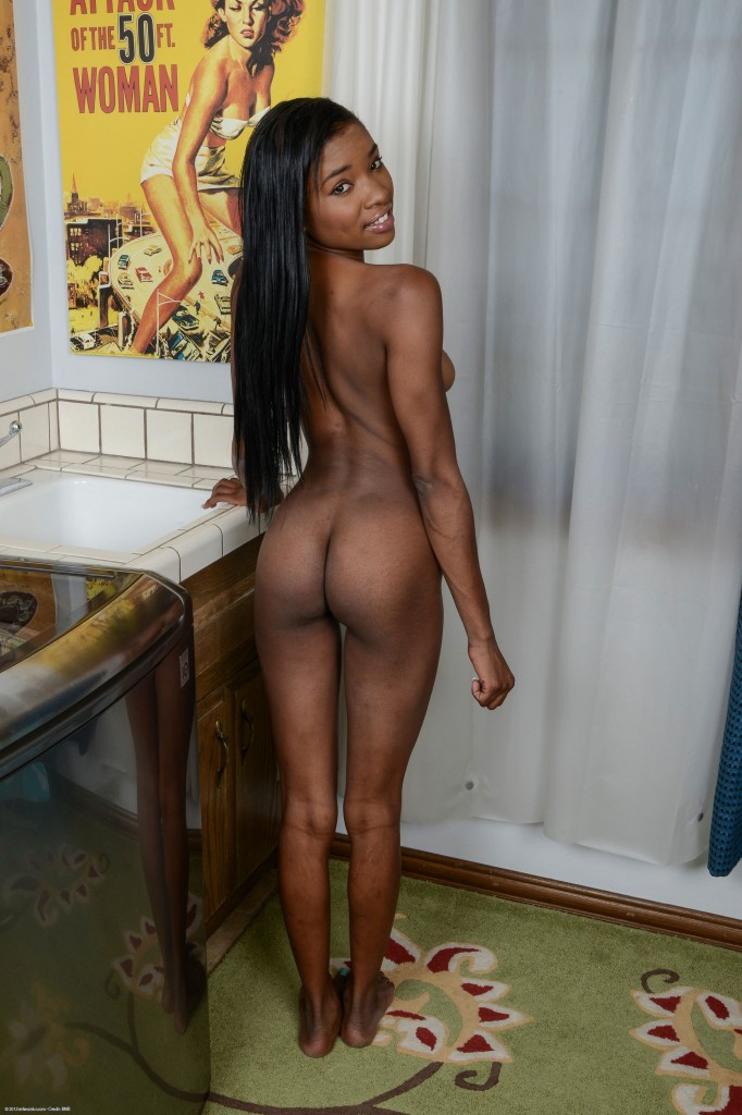 pretty yellow bone black girls nude